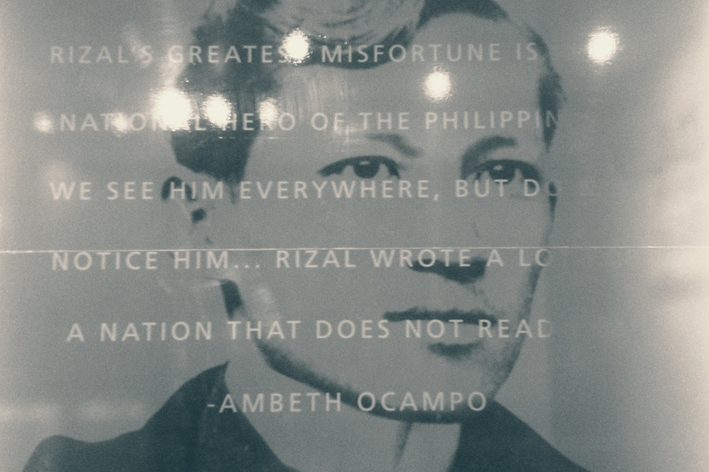 "essays of ambeth ocampo Download story ≋↺ rizal without the overcoat this book is a collection of essays from ambeth r ocampo's newspaper column ""looking bac."