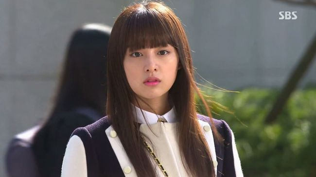 9-kim-ji-won-the-heirs-korean-drama-fashion.jpg
